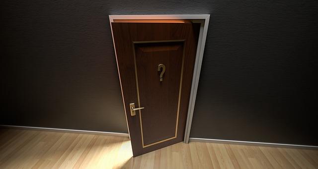 otwarte drzwi na pomoc